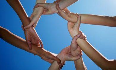 Verbinding in Vrijwilligerswerk // Steunpunt Vrijwilligerswerk Stichting Torion