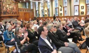 bezoekers van de werkconferentie keten in de ouderenzorg